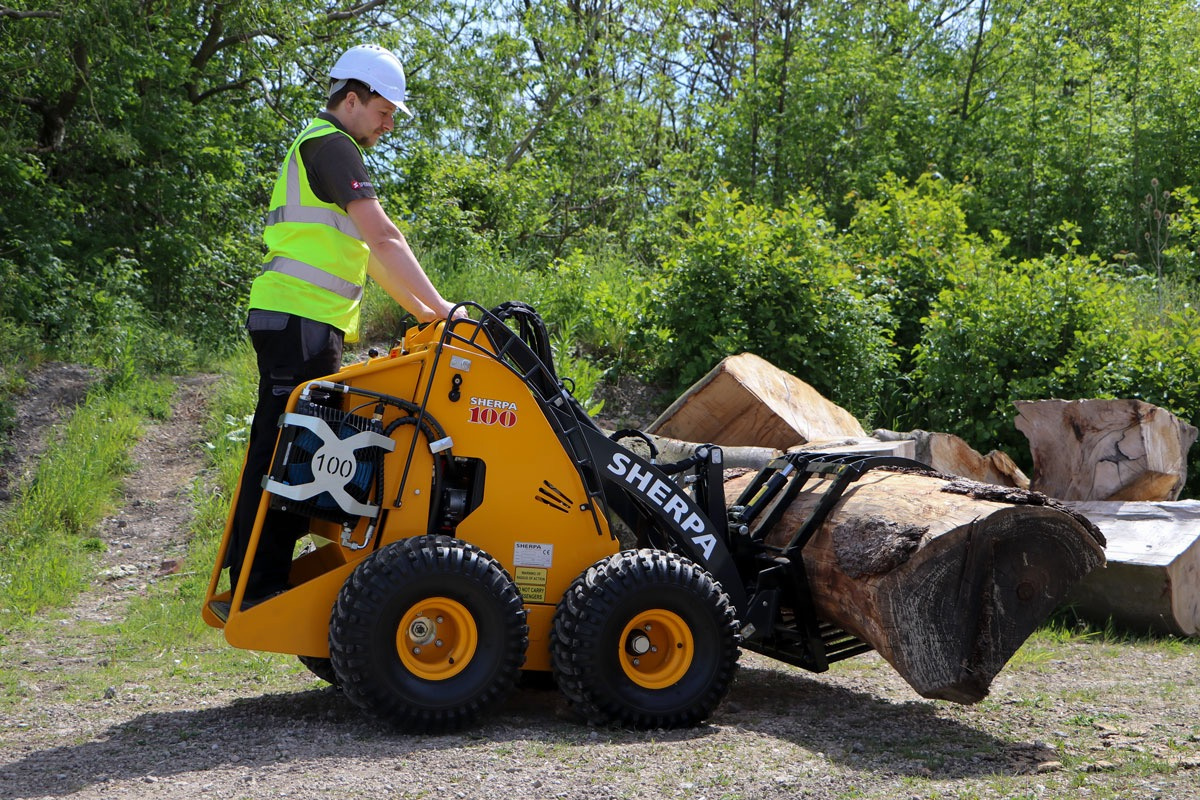 Sherpa 100 Diesel Mini Loader and Log Grab